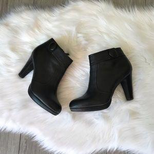 Gianni Bini Black Mini Boots